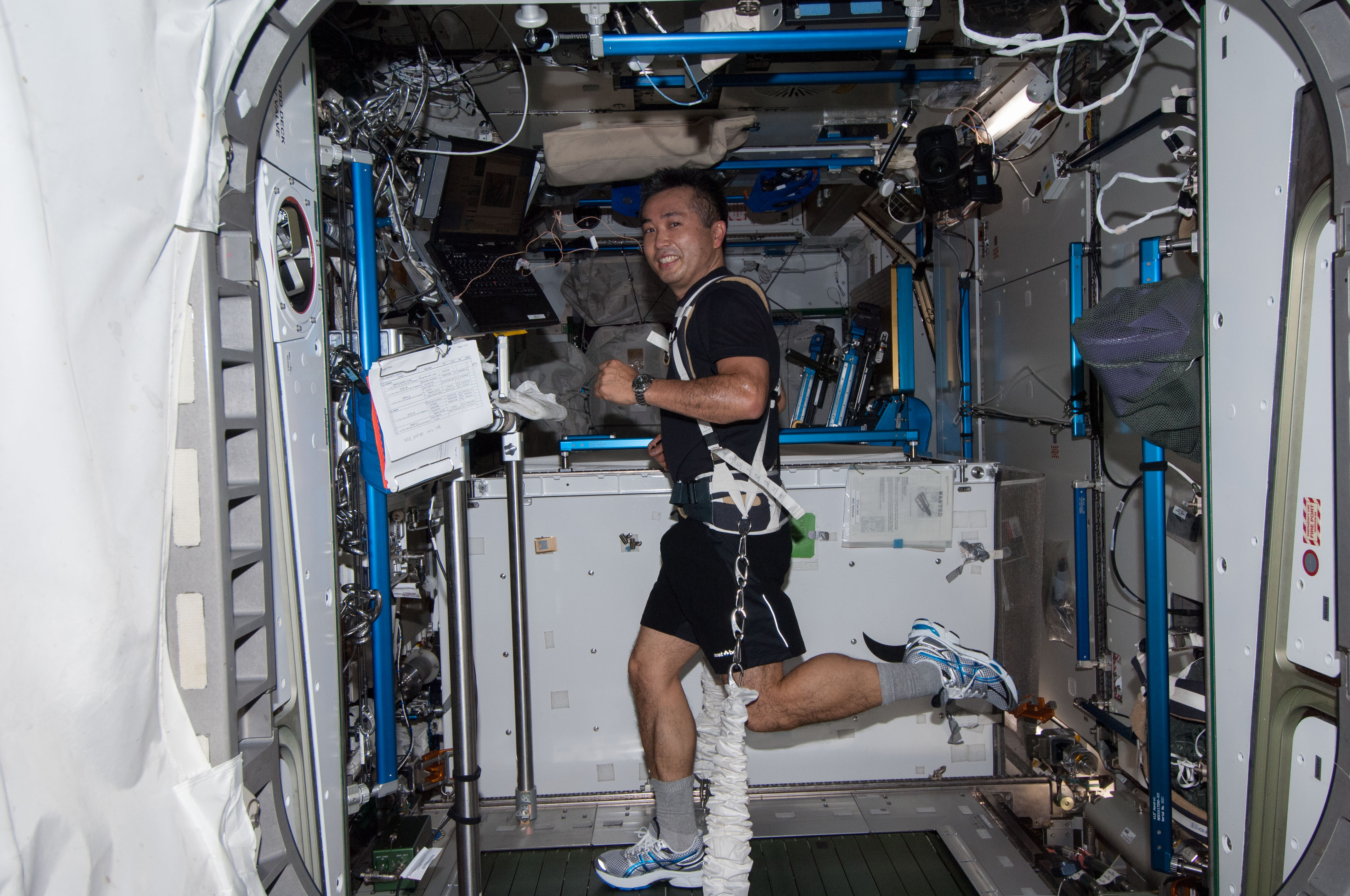longest astronaut in space station - photo #20