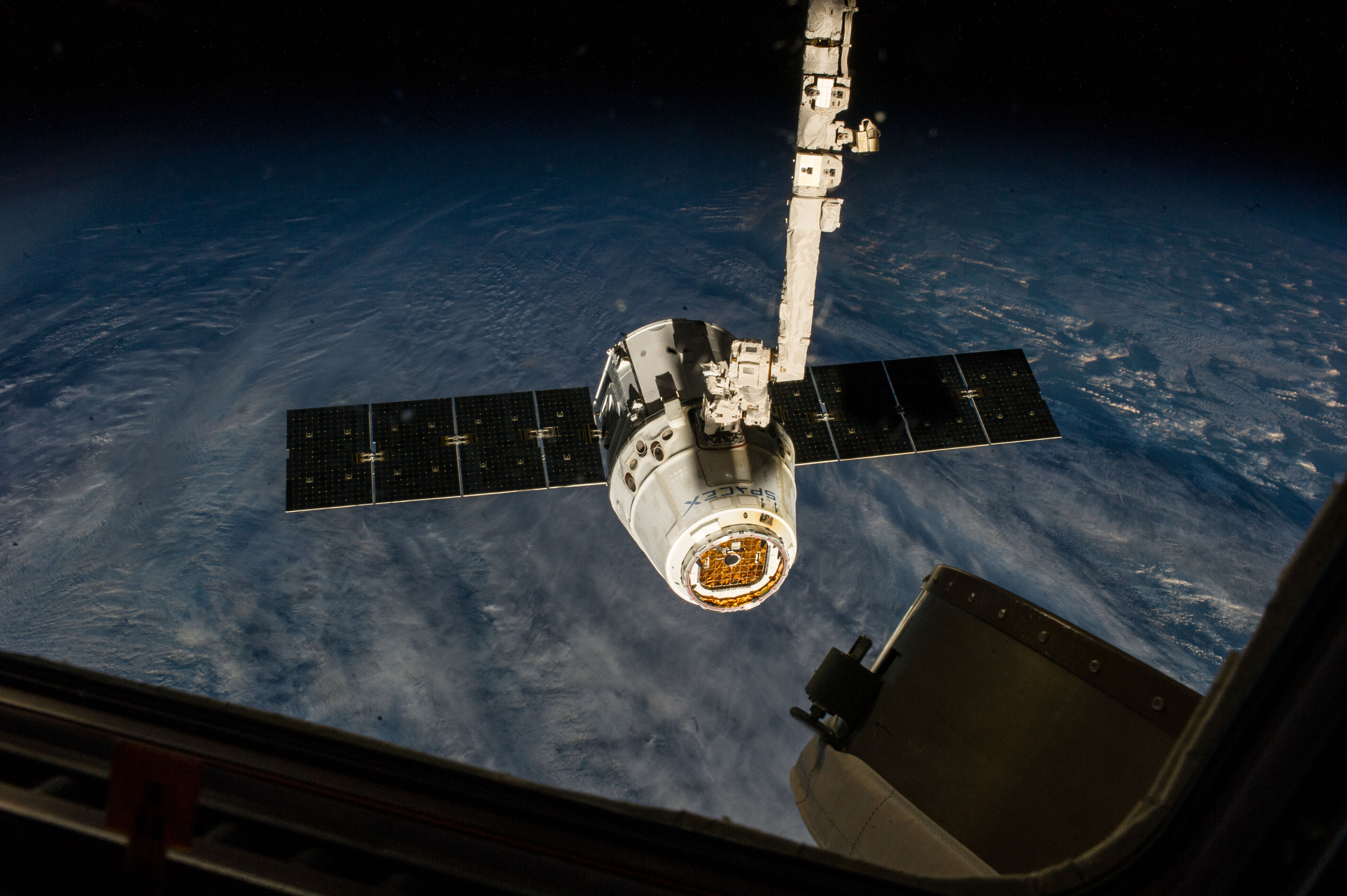 commercial resupply spacex dragon release from station
