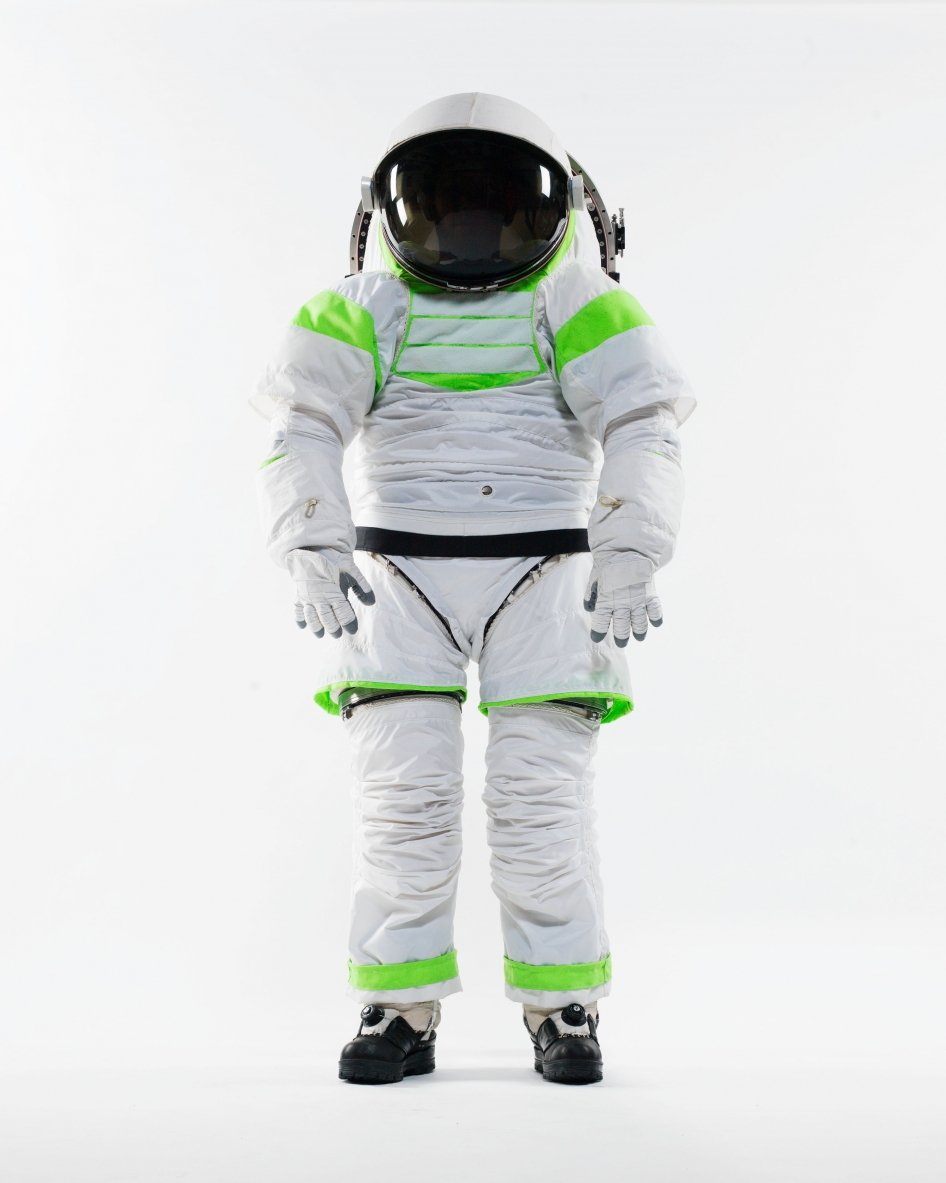space suit bending - photo #4