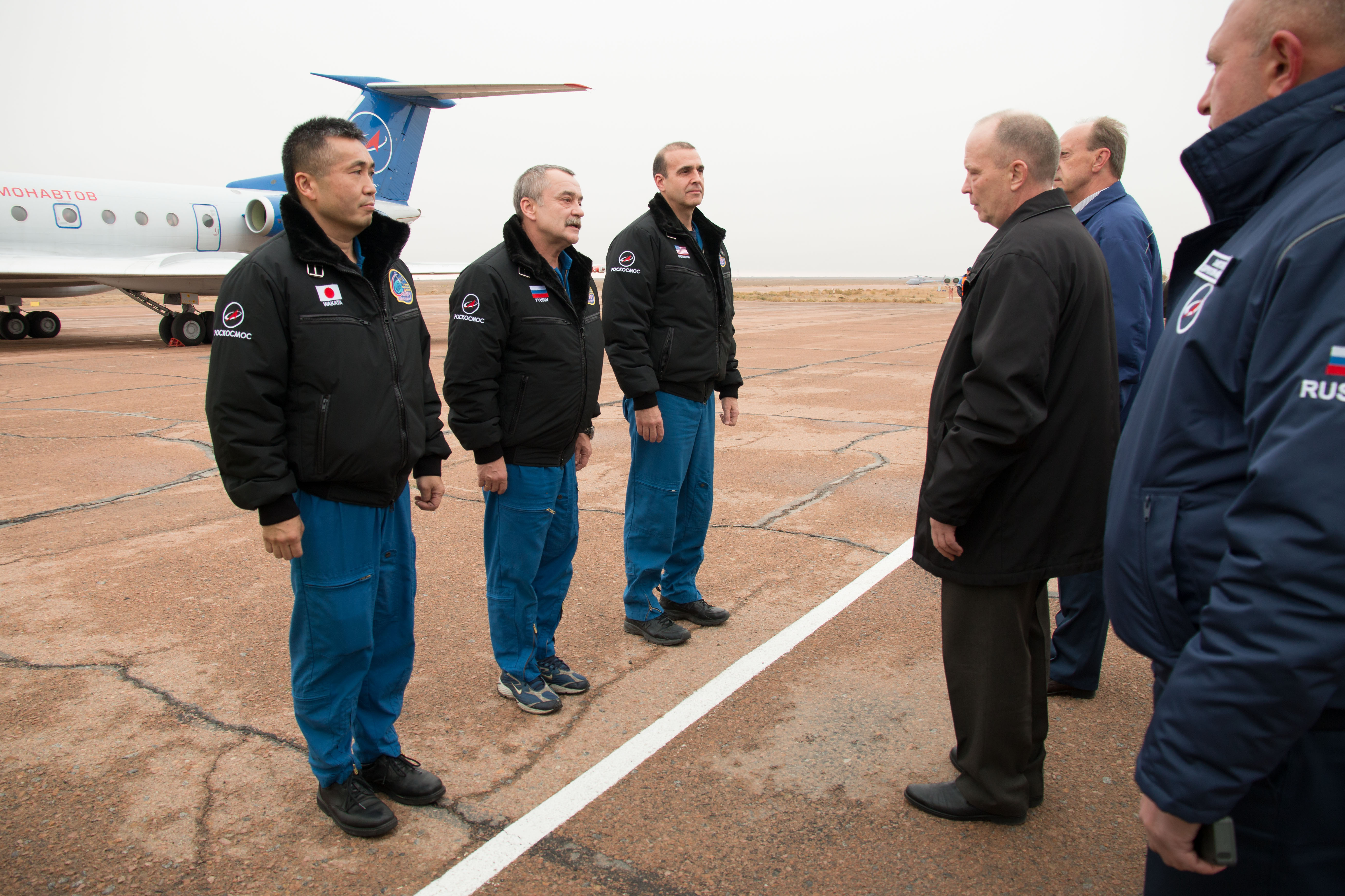 Expedition 3839 crew members greet russian space officials nasa expedition 3839 crew members greet russian space officials m4hsunfo