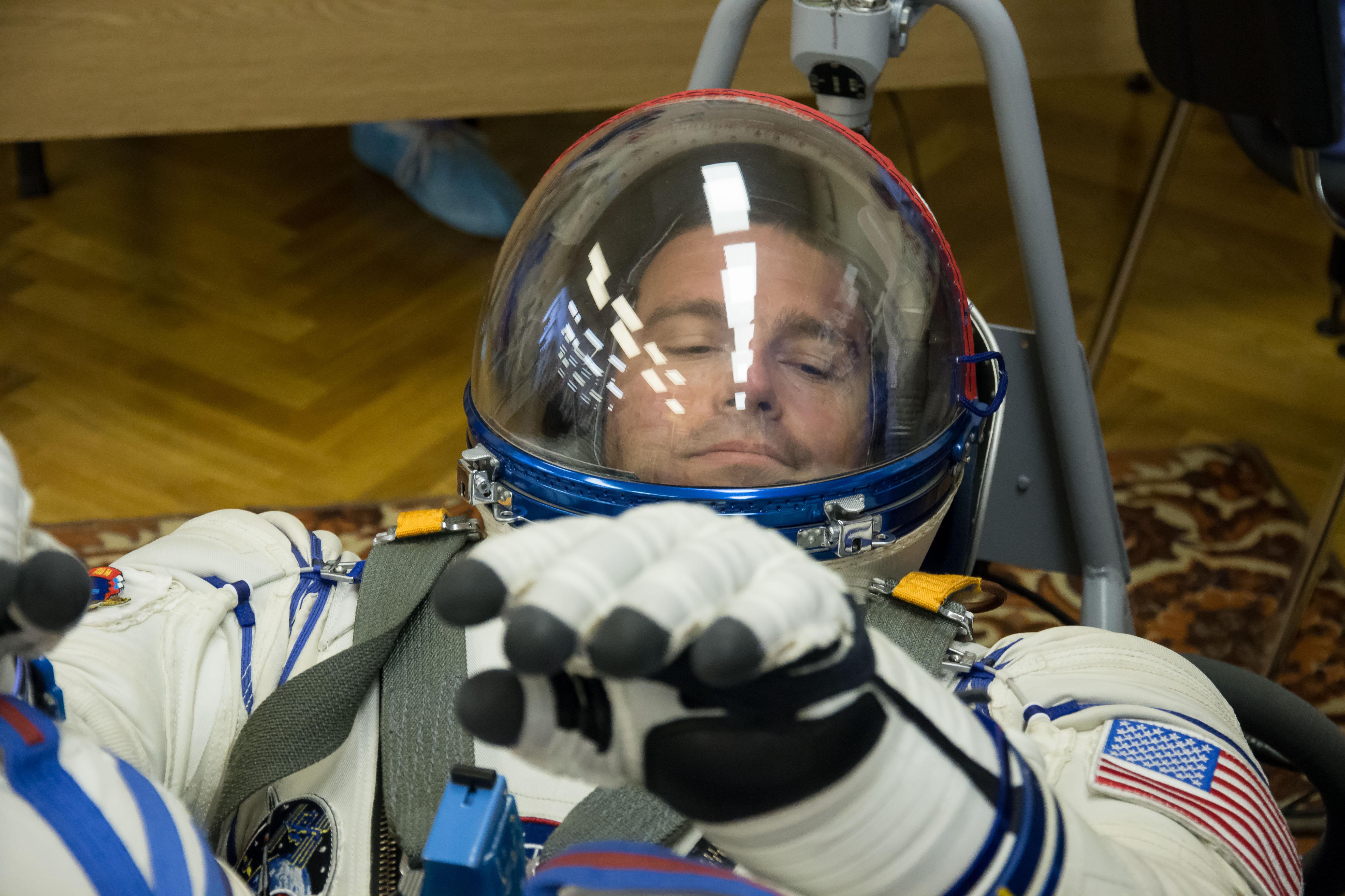 Astronaut Reid Wiseman Suits Up for Tests | NASA