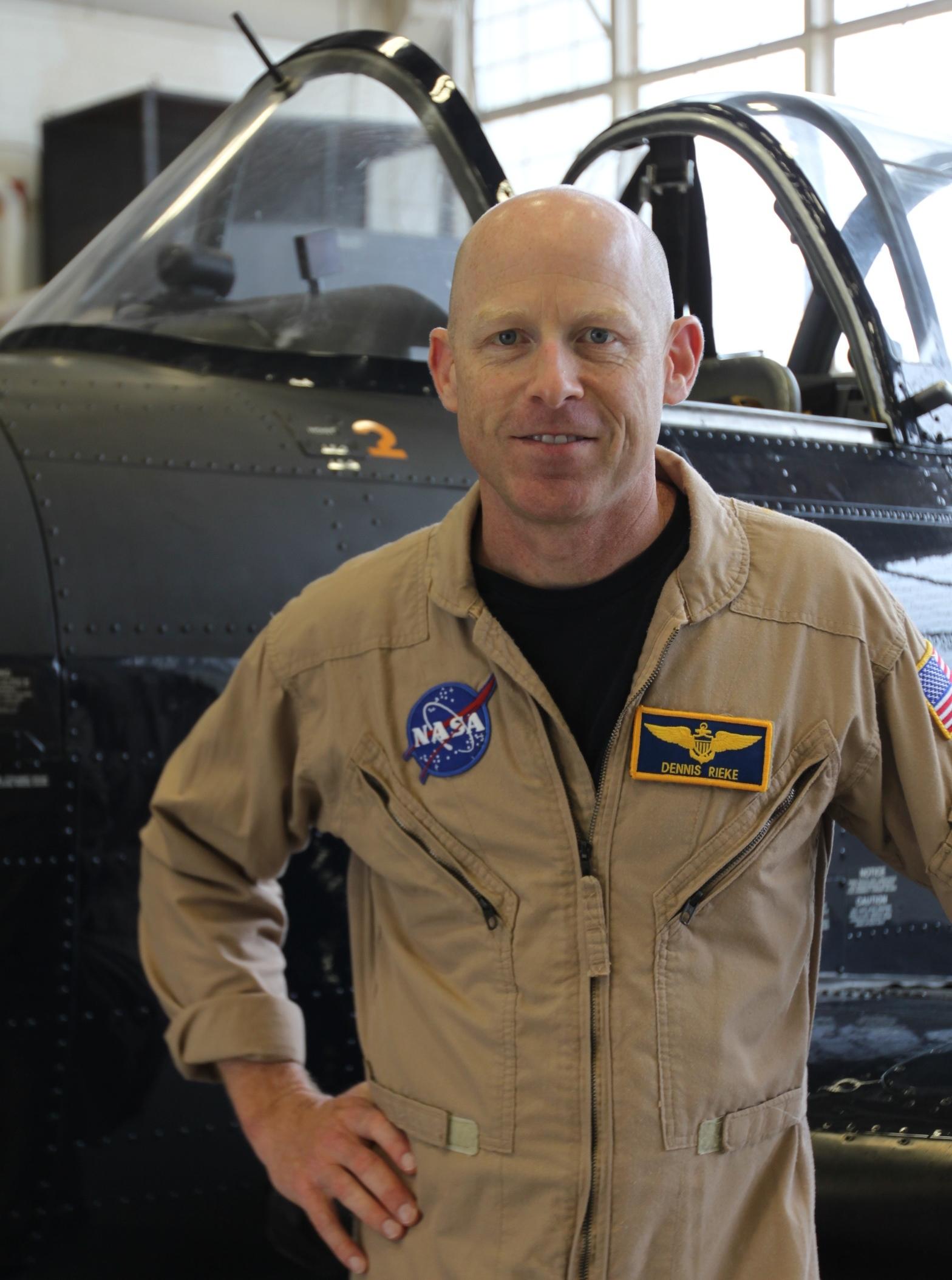 NASA Wallops Pilot Biography: Dennis Rieke | NASA