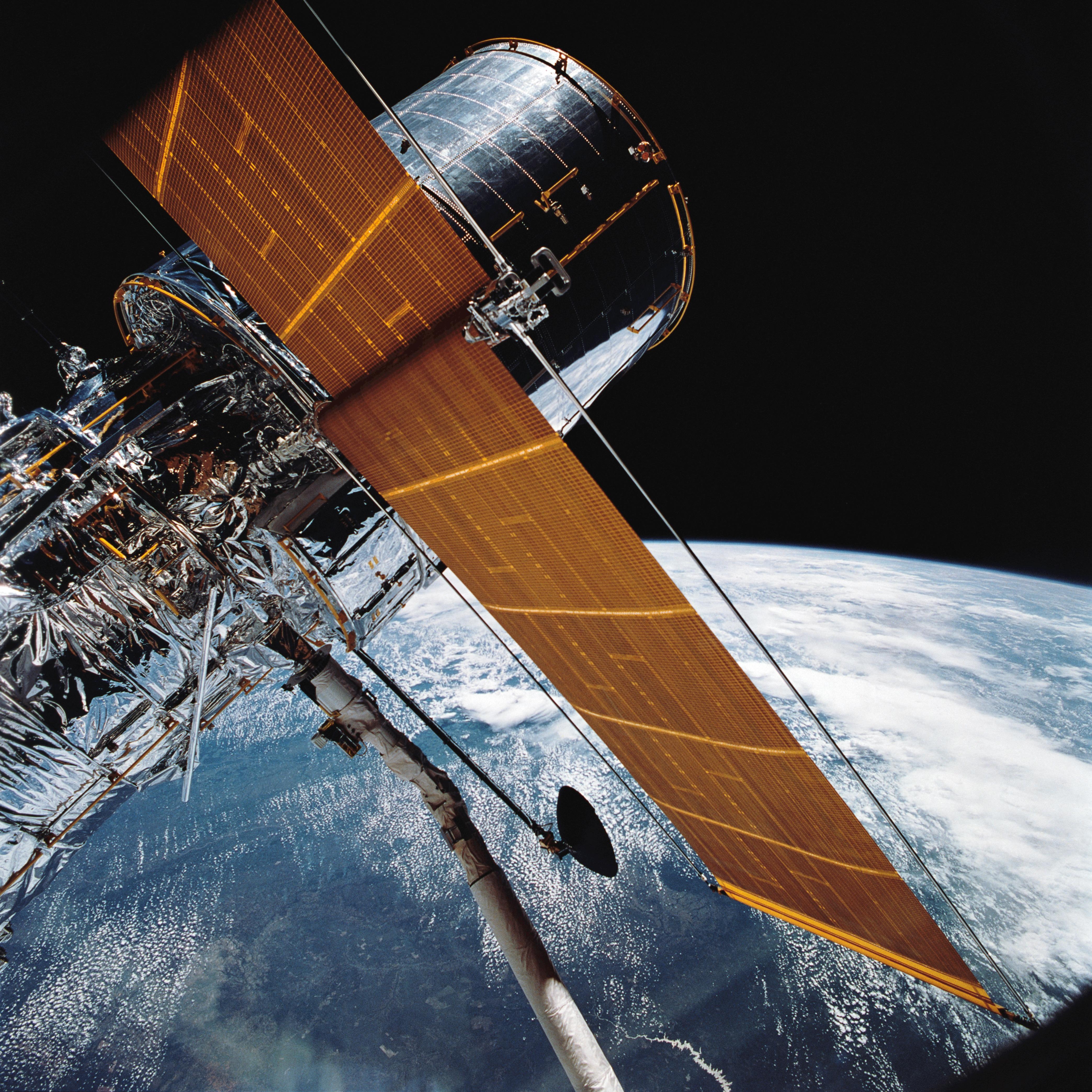 space shuttle hubble telescope - photo #29