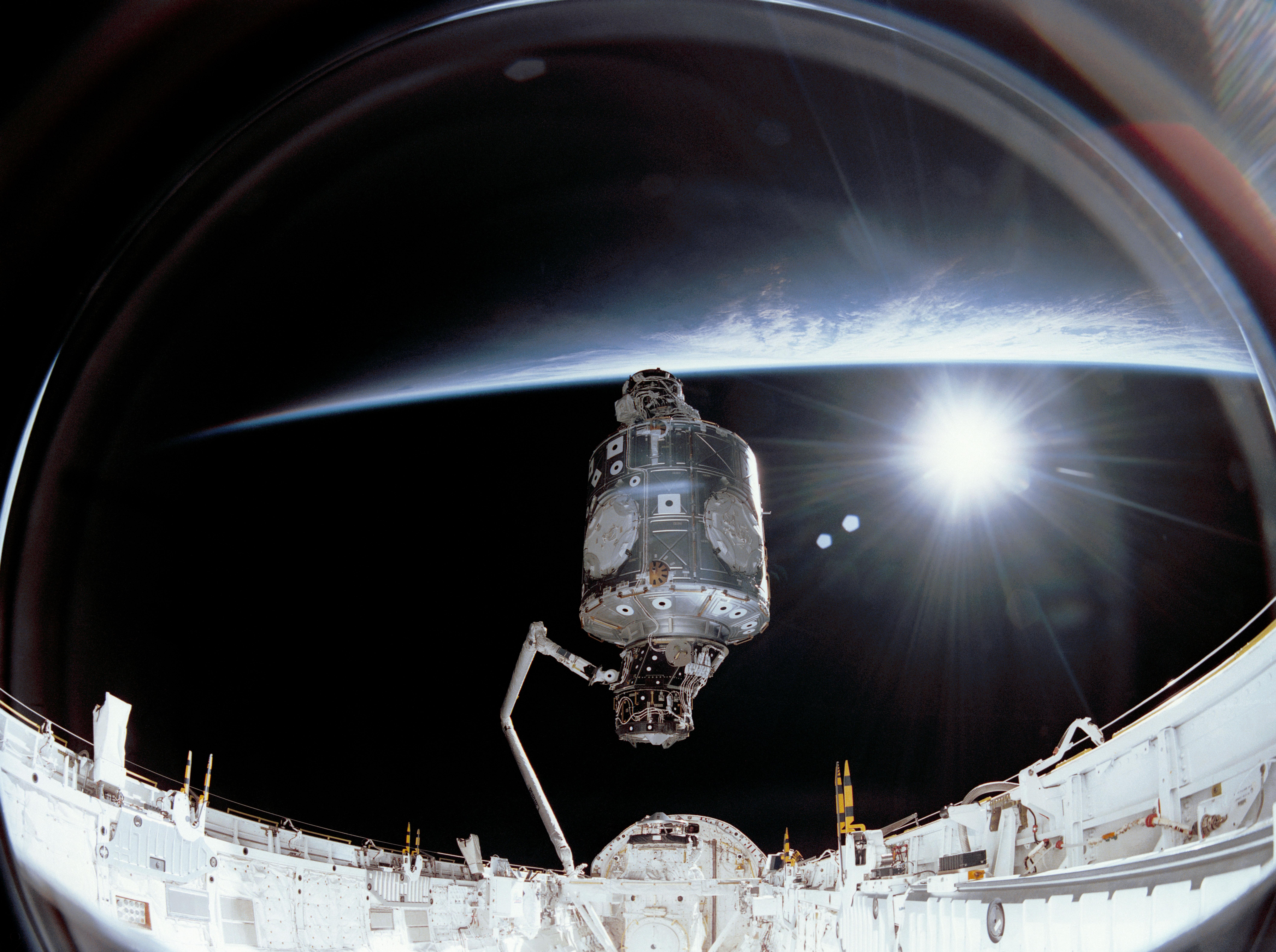 Dec 6 1998 international space station assembly begins for When was the international space station built