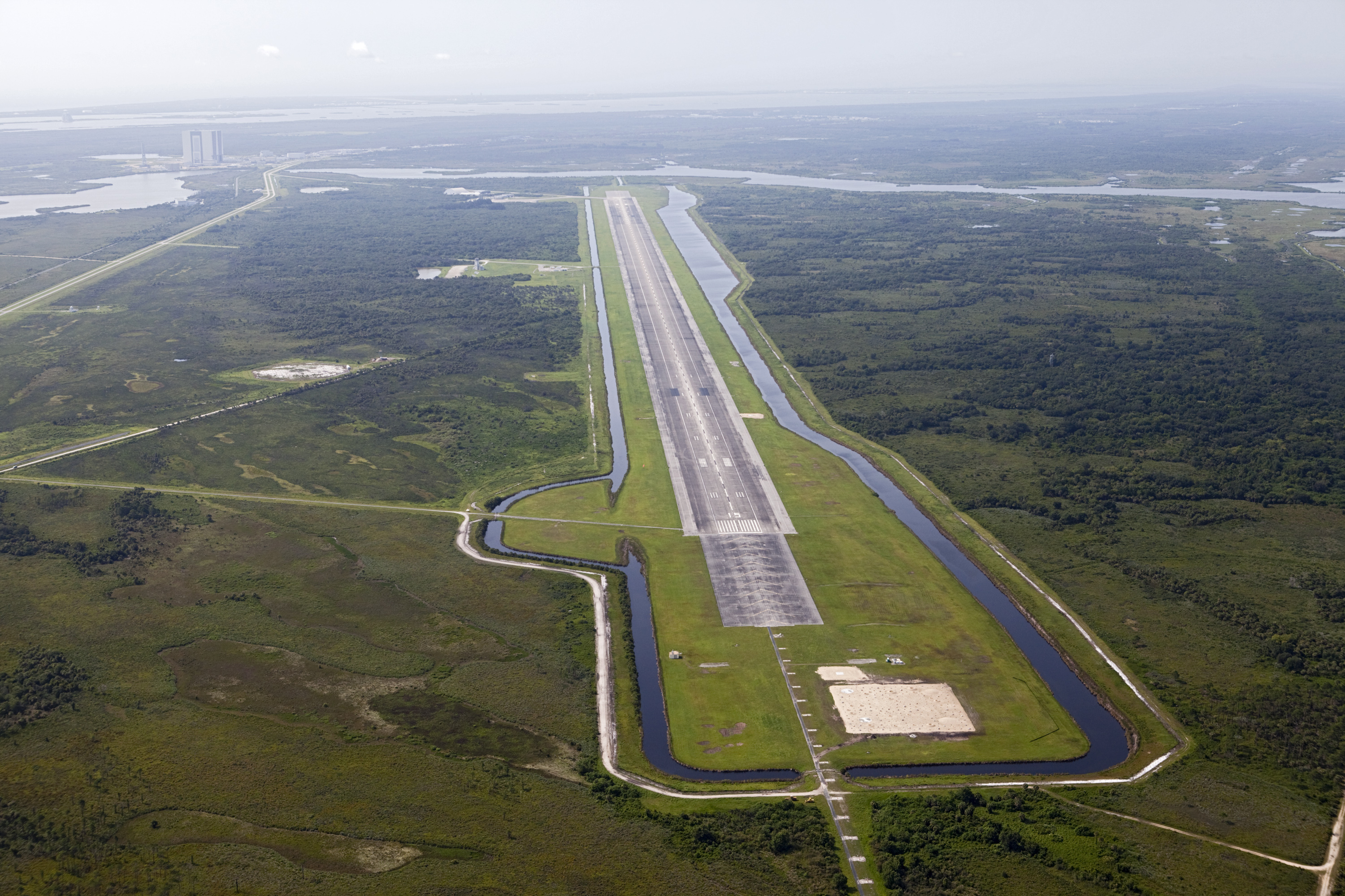 space shuttle runway - photo #4