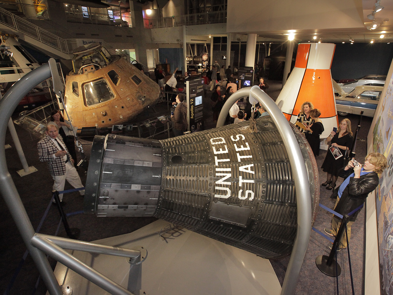 apollo high school space capsule - photo #27
