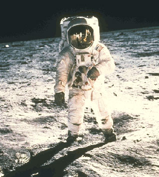 astronauts to go to moon - photo #17