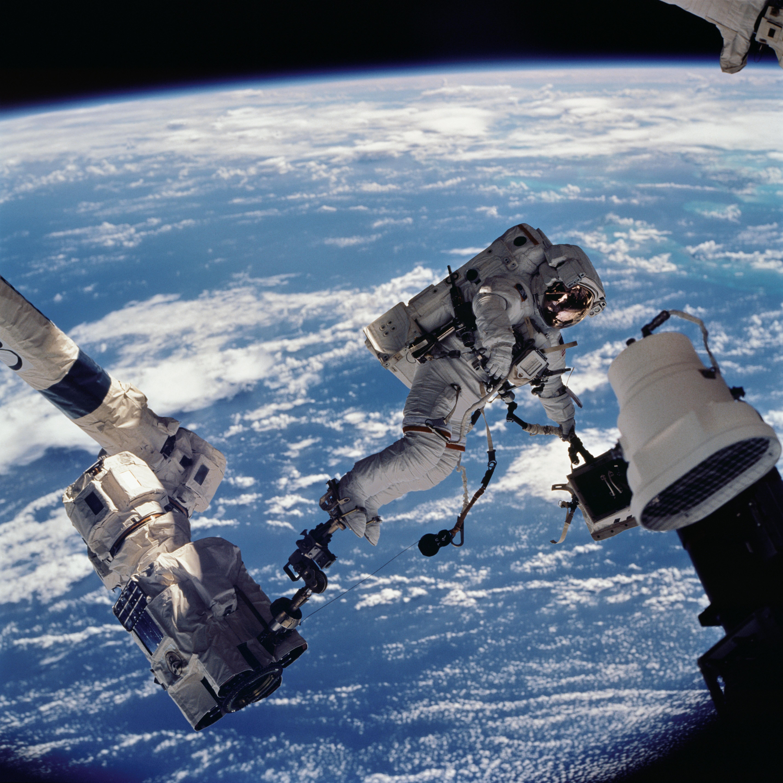STS-112 Spacewalk | NASA