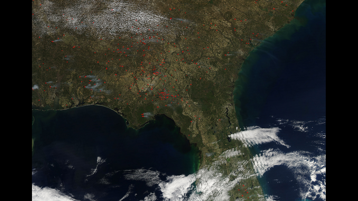 Prescribed Fires Abound In Southeast US NASA - Map of fires in southeast us