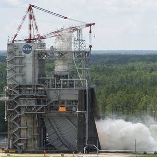 NASA Television to Air Journey to Mars Showcase, Rocket Engine Test