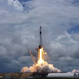 Science, Solar Arrays Launch on NASA's SpaceX Cargo Mission thumbnail