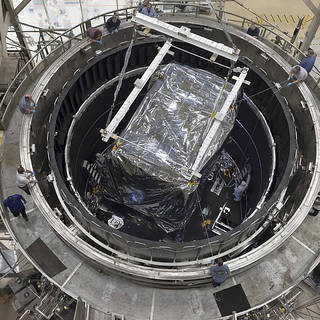New Video Shows James Webb Space Telescope's Instruments Removed From Super-Cold Chamber image