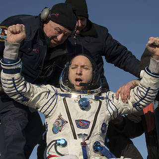 NASA Astronaut Bresnik and Crewmates Return to Earth From Space Station