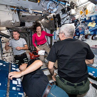 US Interns, Texas, Bulgarian Students to Hear from Space Station Astronauts