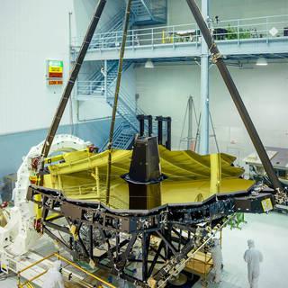 James Webb Space Telescope's Golden Mirror Unveiled image
