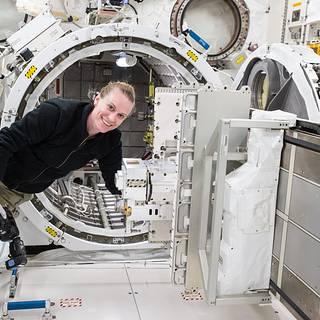 NASA Offers Space Station as Catalyst for Discovery in Washington
