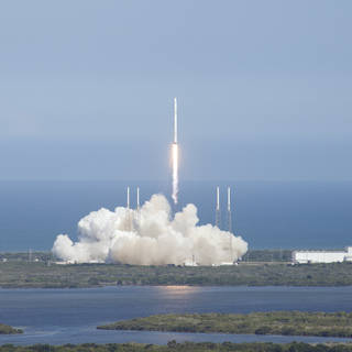 NASA Opens Media Accreditation for Next SpaceX Station Resupply Launch