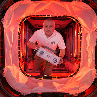 m17-091 Cool Nasa News - NASA Television to Air Six-Hour Spacewalk at International Space Station - #cool #Space #News