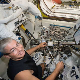 Washington Students to Speak with NASA Astronaut on Space Station Today
