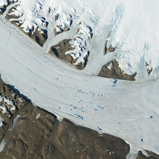 Meltwater lakes form on the surface of Greenland's Petermann Glacier