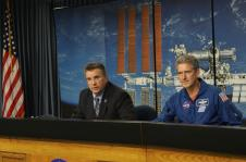 Commercial Crew Program Manager Ed Mango and astronaut Mike Good