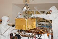 Lifting SAM Instrument for installation