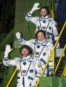 The crew of ISS Expedition 43