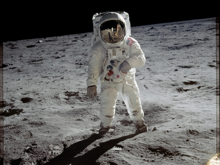the apollo space suit - photo #32