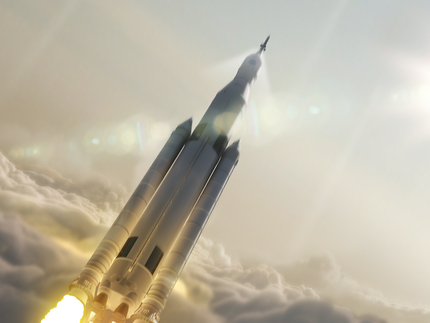 Artist Concept: Space Launch System Takes Flight