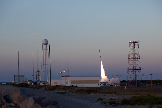 RockSat-X launches from NASA's Wallops Flight Facility, Va., Sept. 21, 2012.