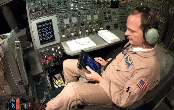 NASA's Pilots Join the Tablet Computer Revolution | NASA