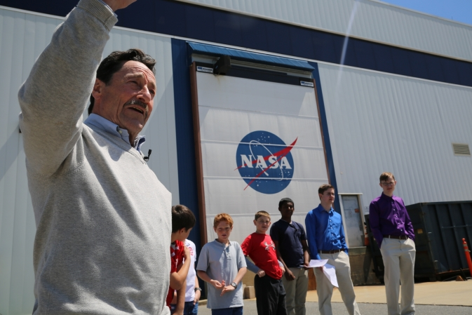 Peter Cullen, left, and OPTIMUS PRIME contest winners at NASA Goddard