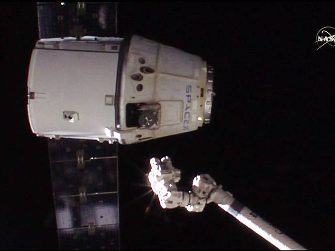 SpaceX Dragon Departs ISS