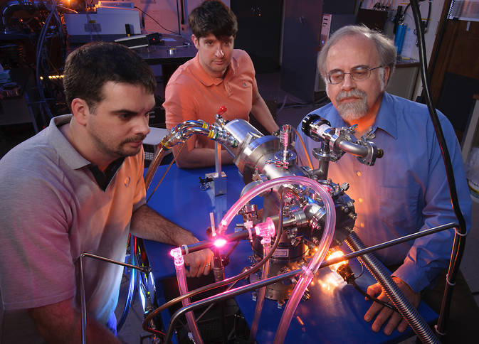 Scientists simulate space in Ames Astrochemistry Lab