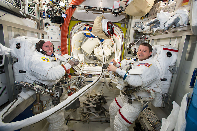 NASA astronauts Barry Wilmore and Reid Wiseman, crew members of International Space Station Expedition 41, will operate the robotic arm to release the SpaceX Dragon spacecraft from the station's Harmony module at 9:56 a.m. EDT Saturday, Oct. 25.