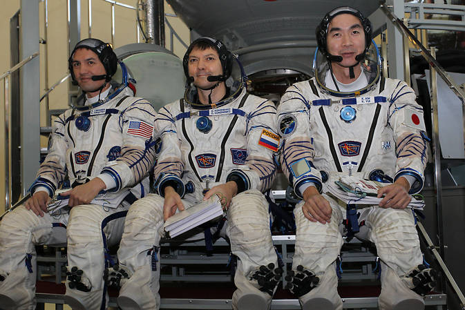 ISS Expedition 44 crew
