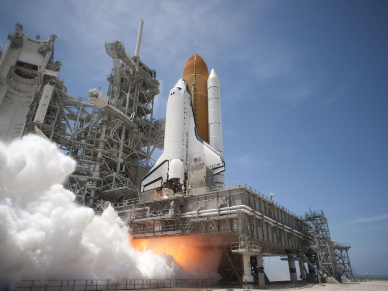 space shuttle rocket start - photo #35