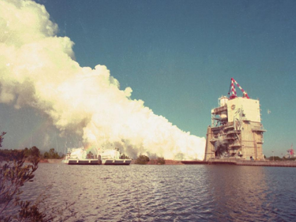 space shuttle engines firing - photo #31