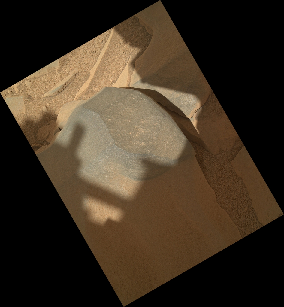 'Bathurst Inlet' Rock on Curiosity's Sol 54, Context View