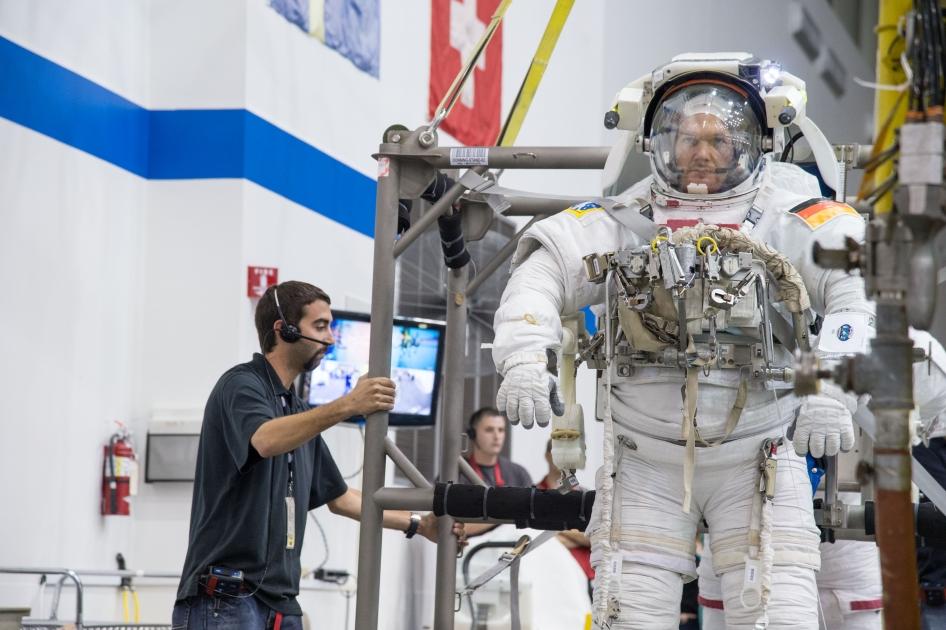 european space agency astronaut jobs - photo #4