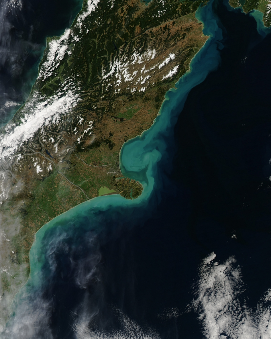 A powerful storm passed over New Zealand's South Island in March 2014 and brought gale-force winds, torrential rains, and flooding to the city of Christchurch. Skies had cleared enough by March 6, 2014, for the Moderate Resolution Imaging Spectroradiometer (MODIS) on NASA's Aqua satellite to acquire this image showing the aftermath.