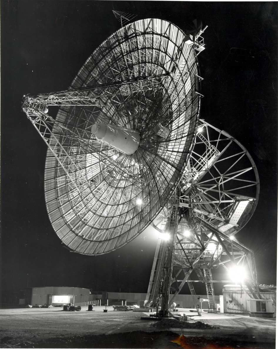 Space Communications Antenna Supported Early NASA Missions ...
