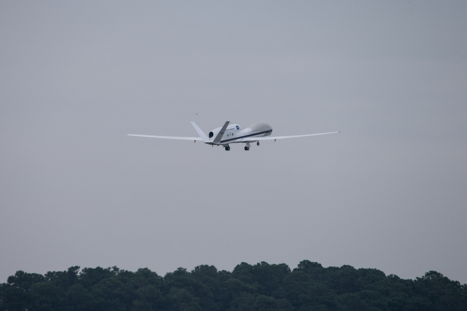Global Hawk gaining altitude