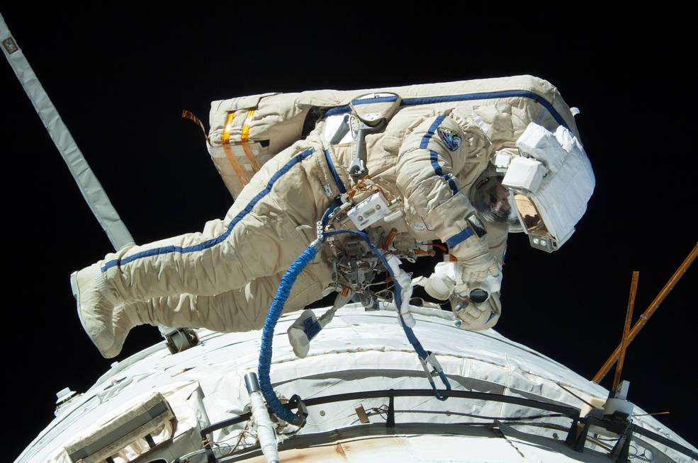 Bir uzay yürüyüşü yapılması Rus kozmonot Alexander Misurkin