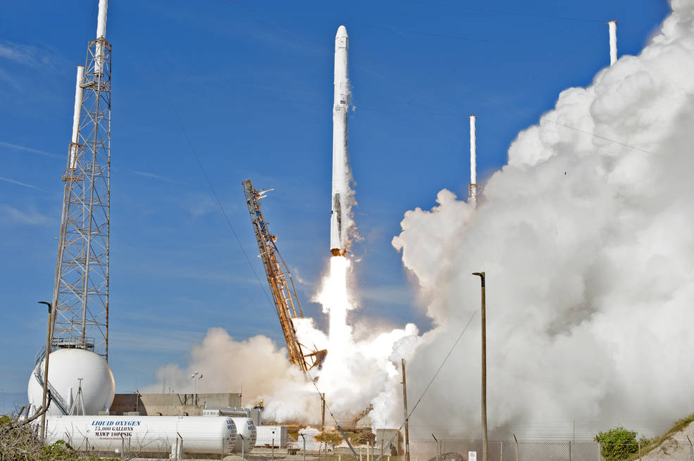 Liftoff of SpaceX rocket from Cape Canaveral