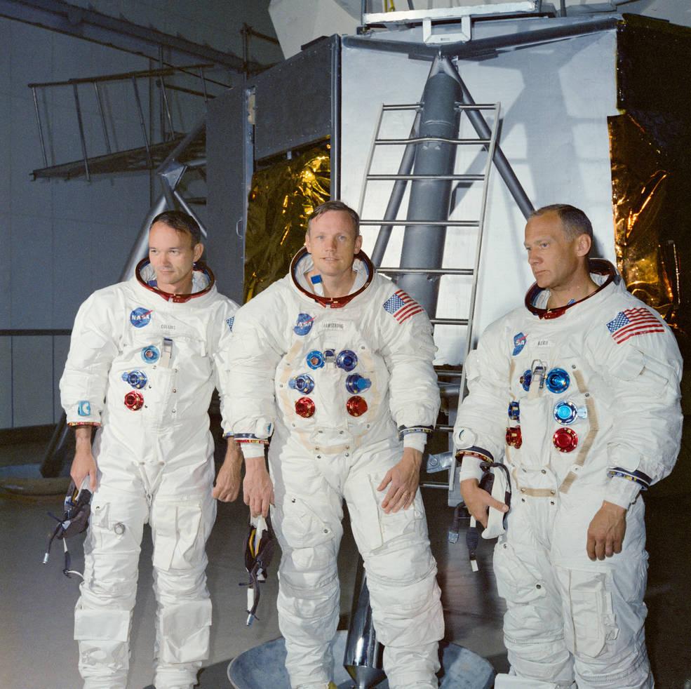 apollo 11 crew ksc lm mockup jun 19 1969 s69 38651 - The Moon 1969