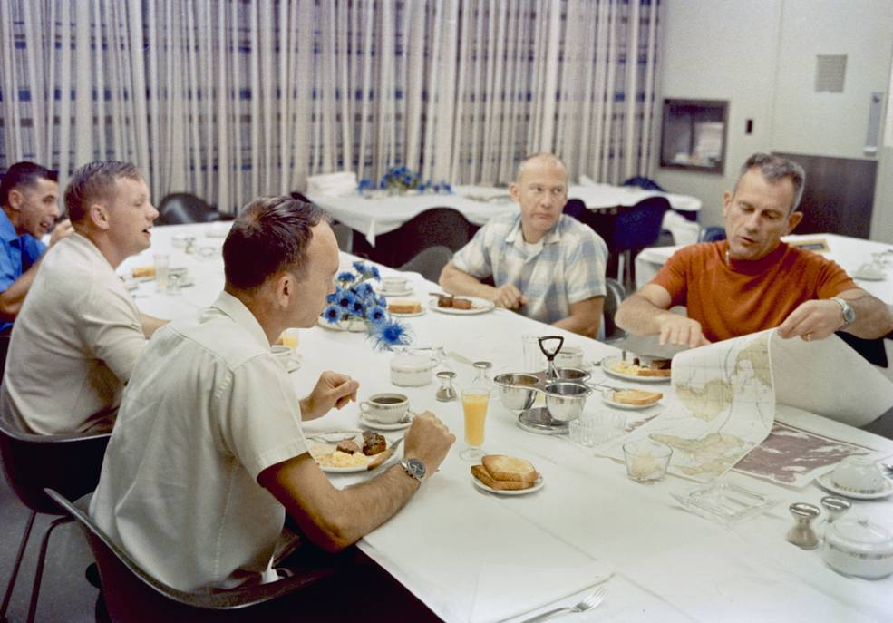 apollo_11_crew_prelaunch_breakfast