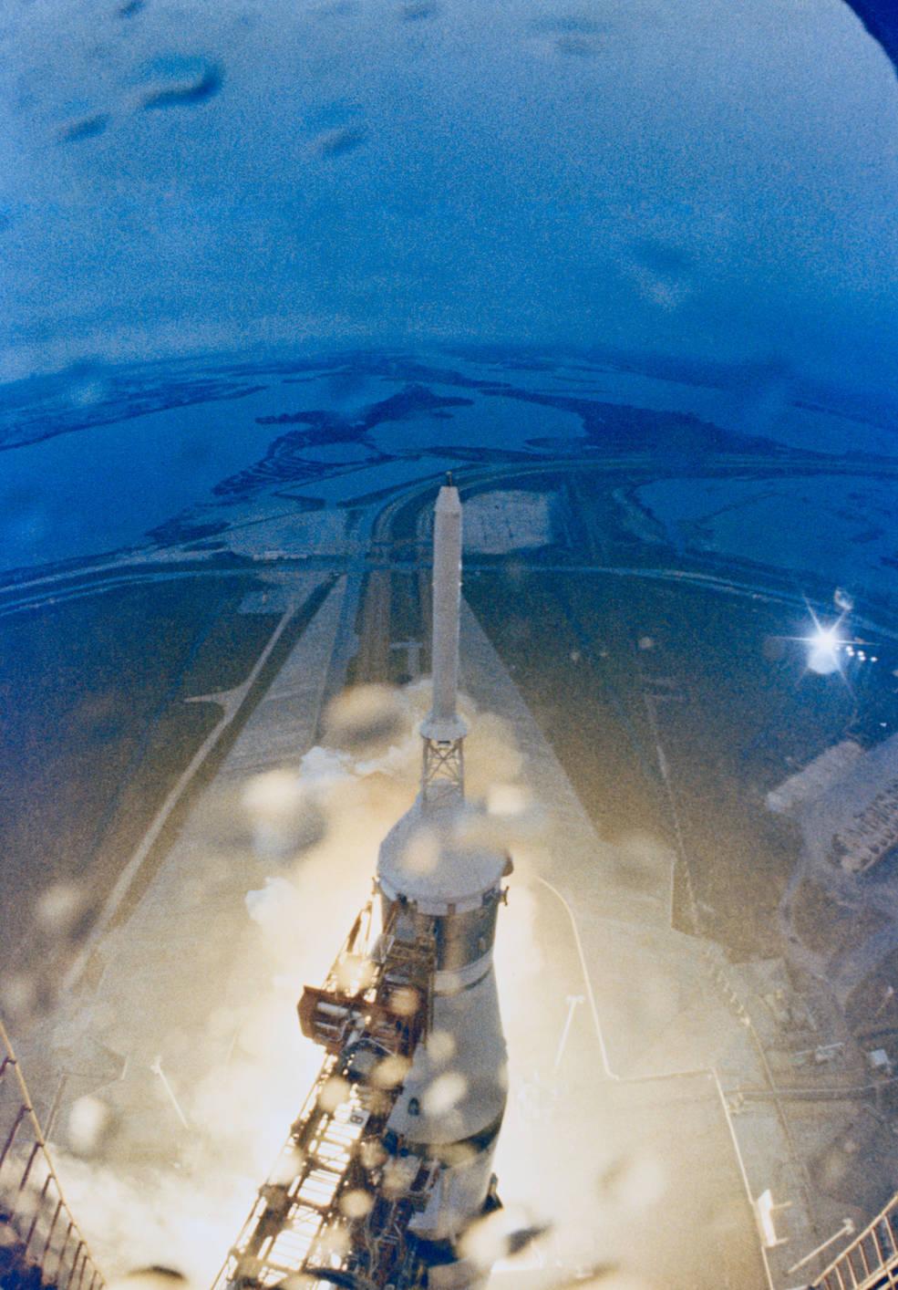 apollo_12_launch_from_lut_seq_1_nov_14_1969