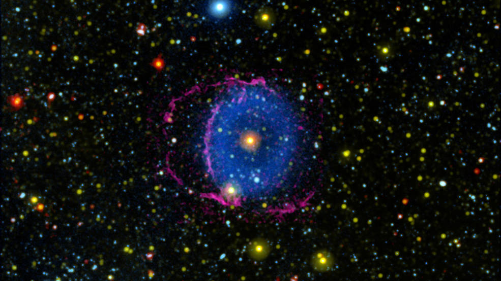 Misterio cósmico de 16 años resuelto, revelando el eslabón estelar perdido.