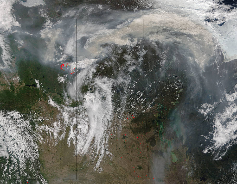 Terra satellite images smoke from Fort McMurray fire